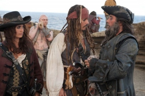 Pirates-of-the-caribbean-on-stranger-tides-angelica-jack-blackbeard-9-12-10-kc